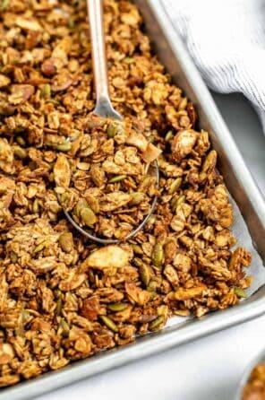 Crispy & Healthy Gluten Free Granola