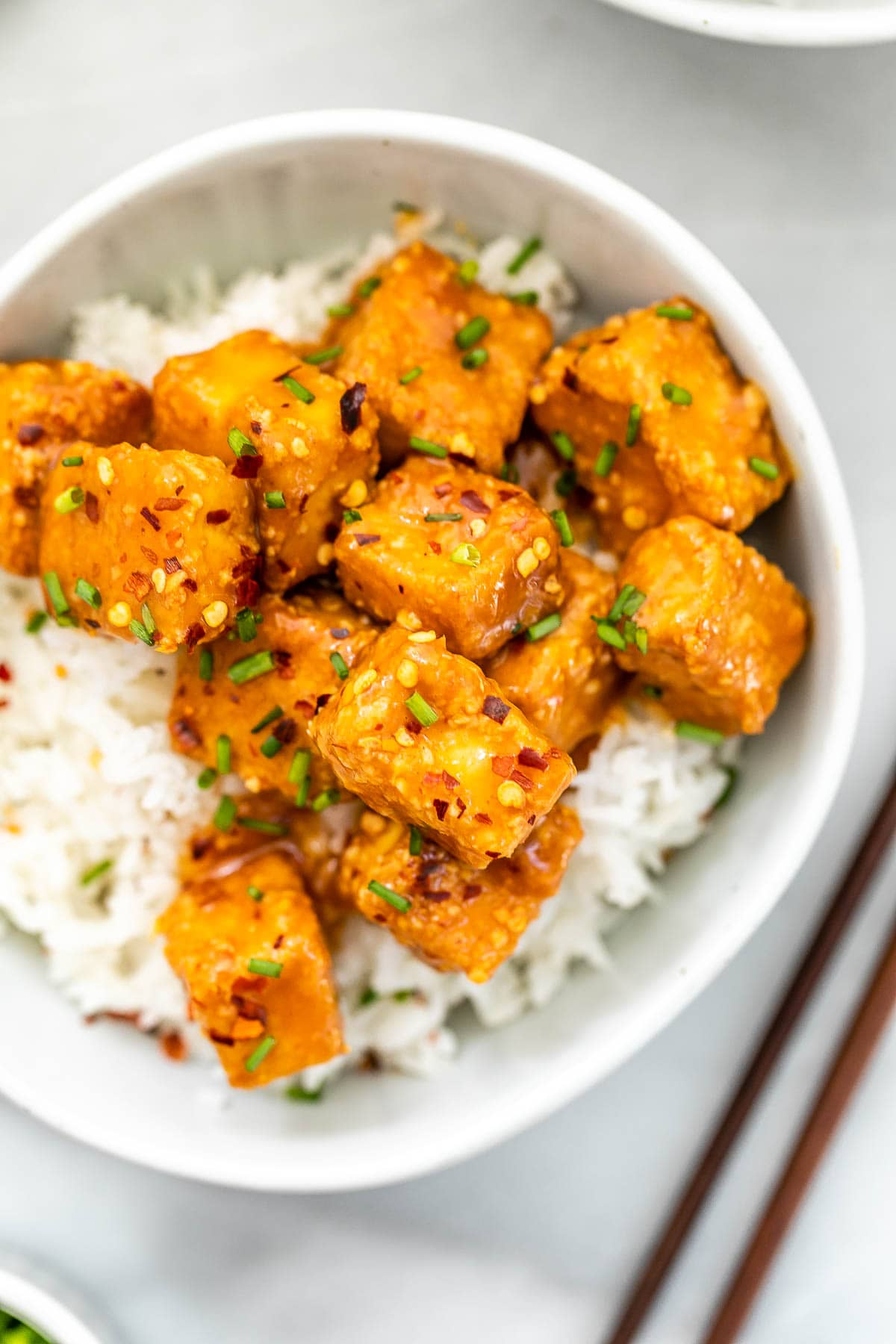 Up close image of the tofu show the texture.