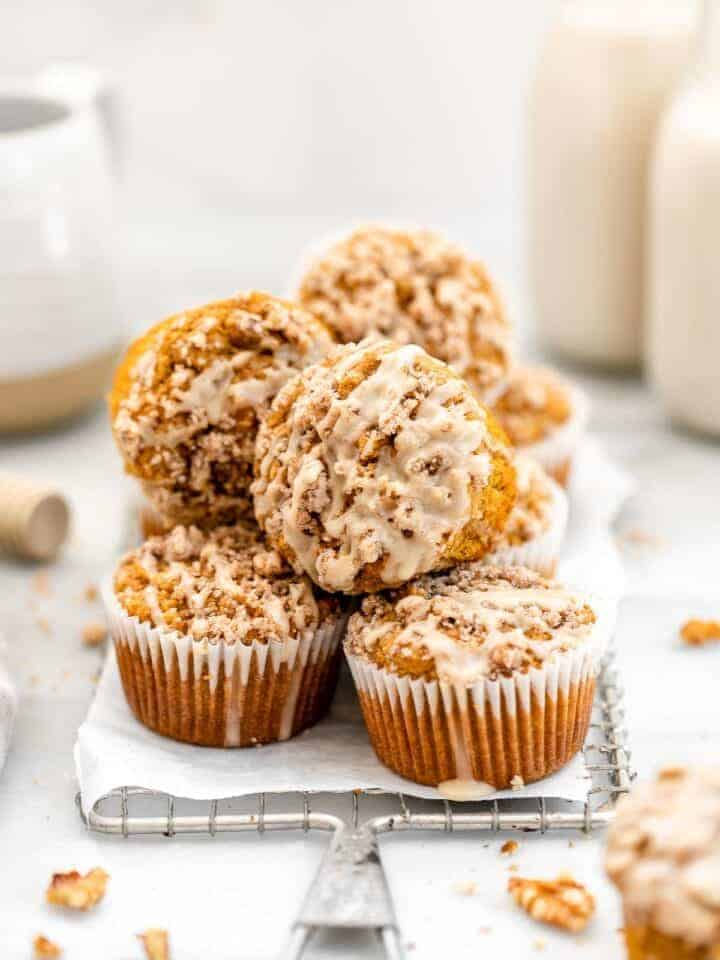 Sweet potato muffins with cinnamon streusel for thanksgiving dessert.