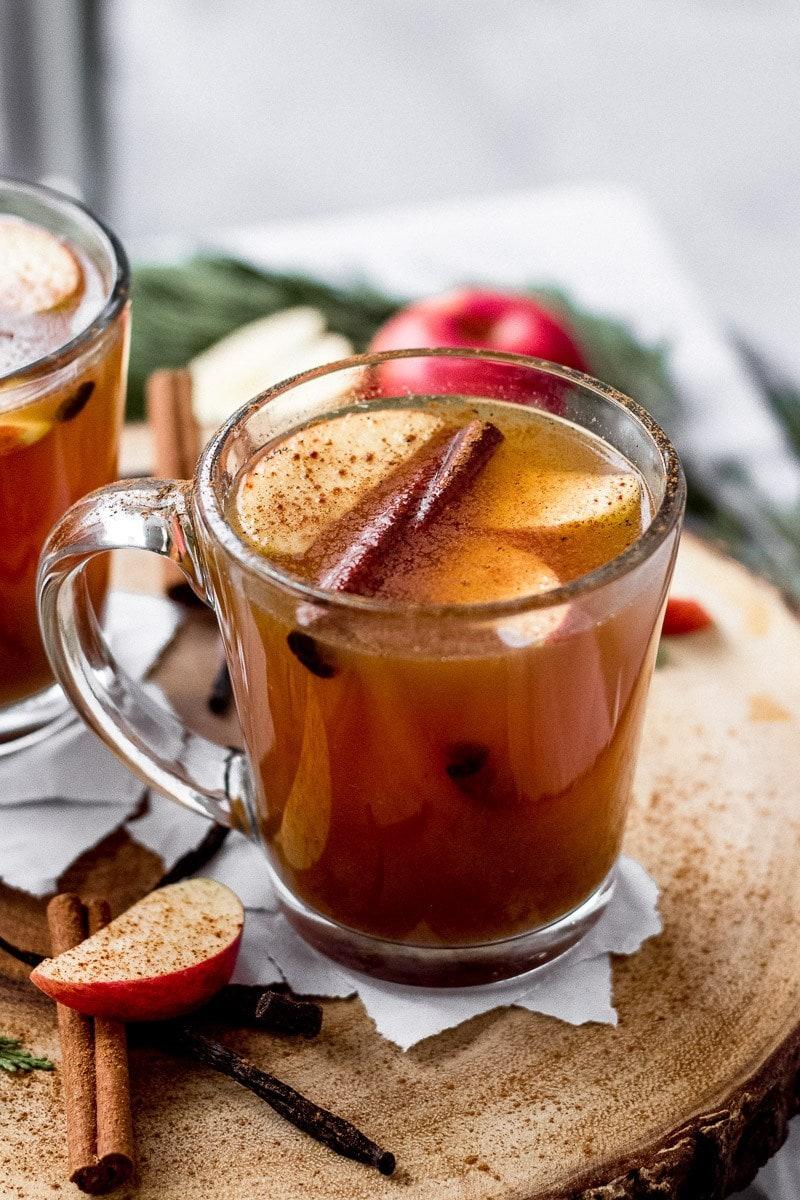 warm apple cider cocktail.