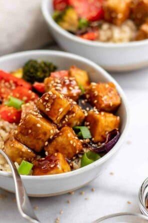 Crispy Garlic Sesame Tofu and Vegetables