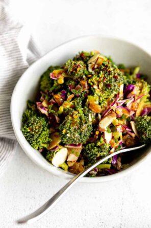 Healthy Vegan Broccoli Salad